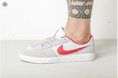 NIKE SB TEAM CLASSIC  ATMOSPHERE GREY UNIVERSITY RED