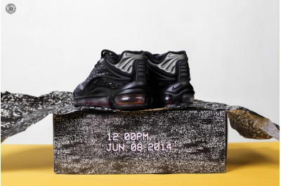 NIKE W AIR MAX DELUXE SKEPTA BLACK BLACK DEEP RED