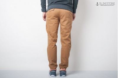 SYNDICATE ORIGINAL CHINO TAPERED TWILL CAMEL